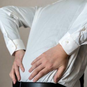 ぎっくり腰を椎間板が原因と決めつけないで!