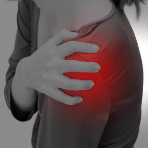 日常の負担から起きる、肩の前側の痛み①(上腕二頭筋長頭炎)
